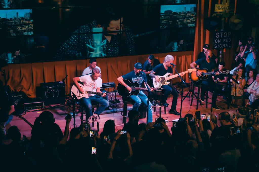 Jason Aldean's Nashville Live Music