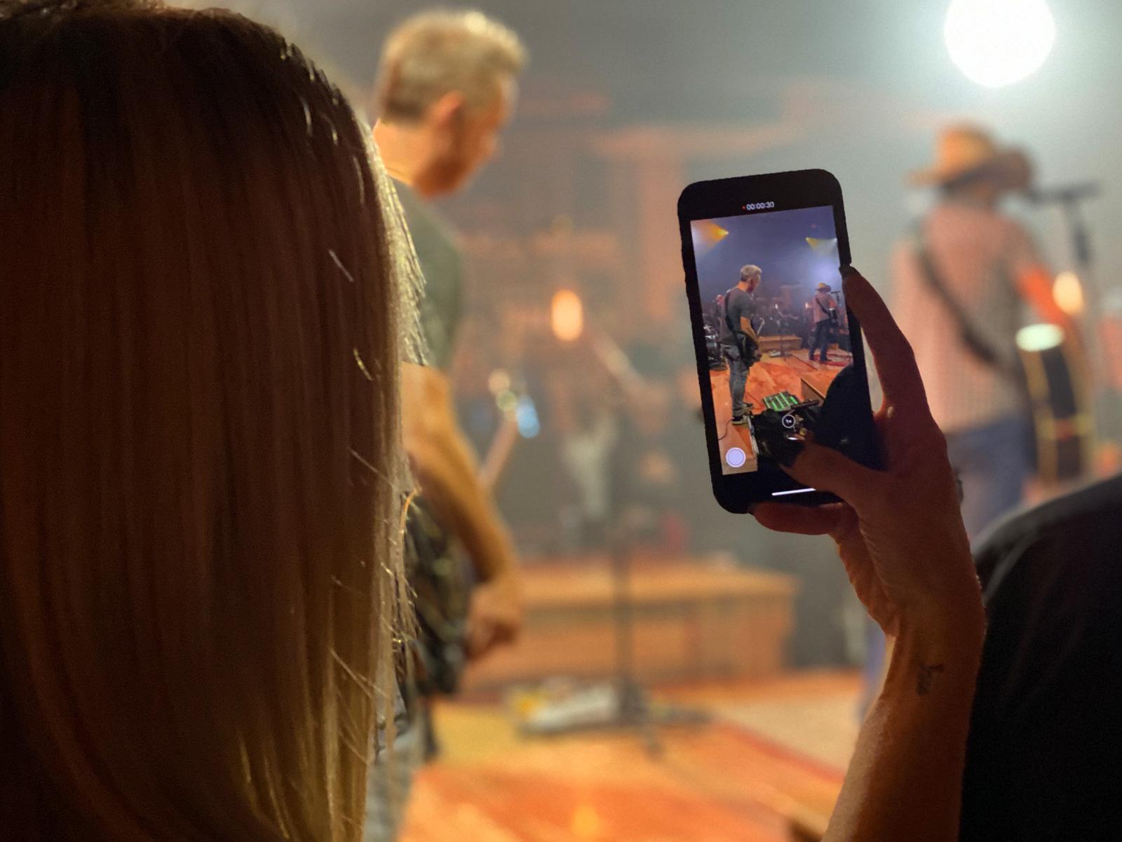 Jason Aldean Pop up Concert